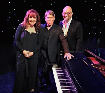 Debbie Gravitte, Stephen Schwartz, Scott Coulter at concert